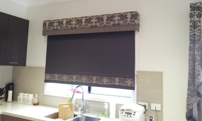 Bonded & Holland Blinds